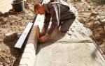 Как правильно делать подушку под тротуарную плитку