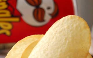 Как правильно есть чипсы pringles