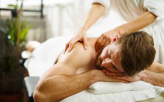Как правильно делать массаж спины мужчине