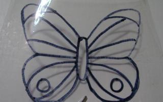 Как правильно красить пластиковых бабочек